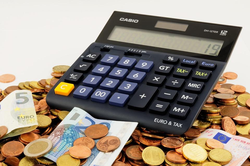 Українцям пояснили, як отримати «живі» гроші за зекономлені субсидії