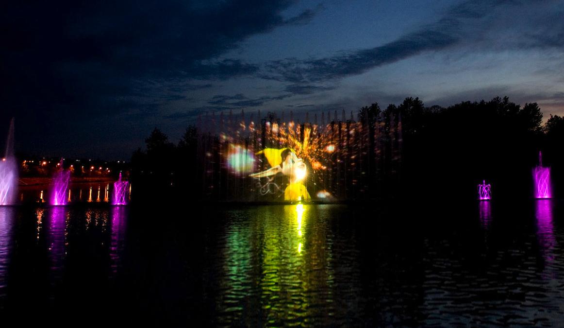 7 фактів про найбільший плавучий фонтан Європи