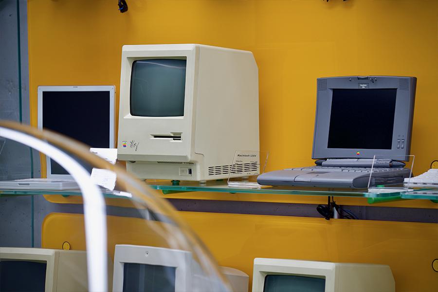 U Kyjevi vidkrylaś ekspozycija rarytetnoї tehniky Apple