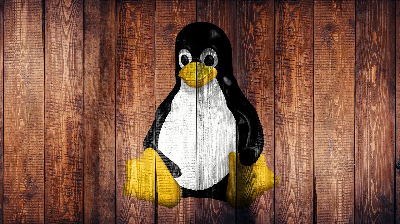 Odrazu try dystrybutyvy Linux stanuť dostupni v onlajn-magazyni Microsoft