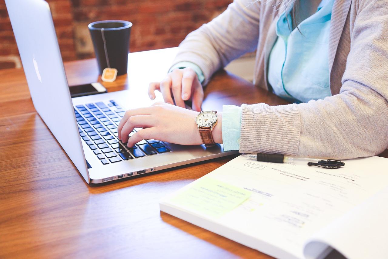 Клавіатура проти пера — як технології змінили навички письма