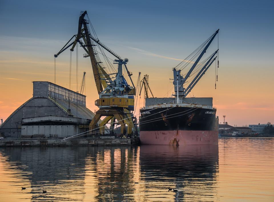 Дніпро стане річковим хабом для України та Білорусі