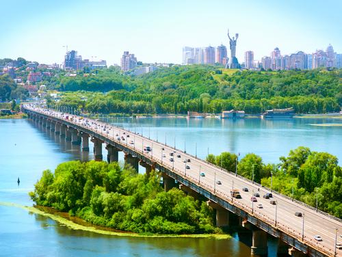 U Kyjevi rozpočaly remont šljahoprovodu bilja «Nyvok»