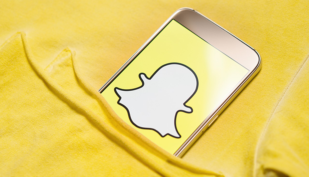 Snapchat за 9 хвилин — що варто знати про найбільший месенджер для підлітків