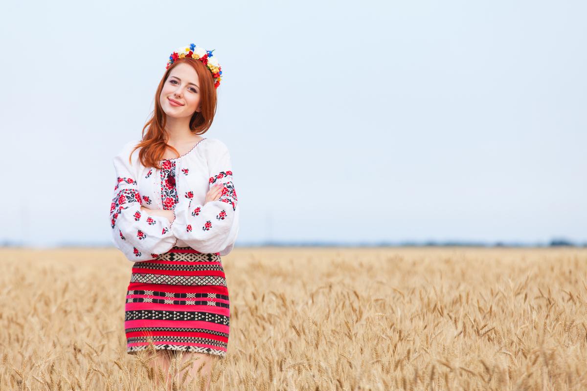Grafičnyj redaktor Crello vidteper dostupnyj ukraїnśkoju