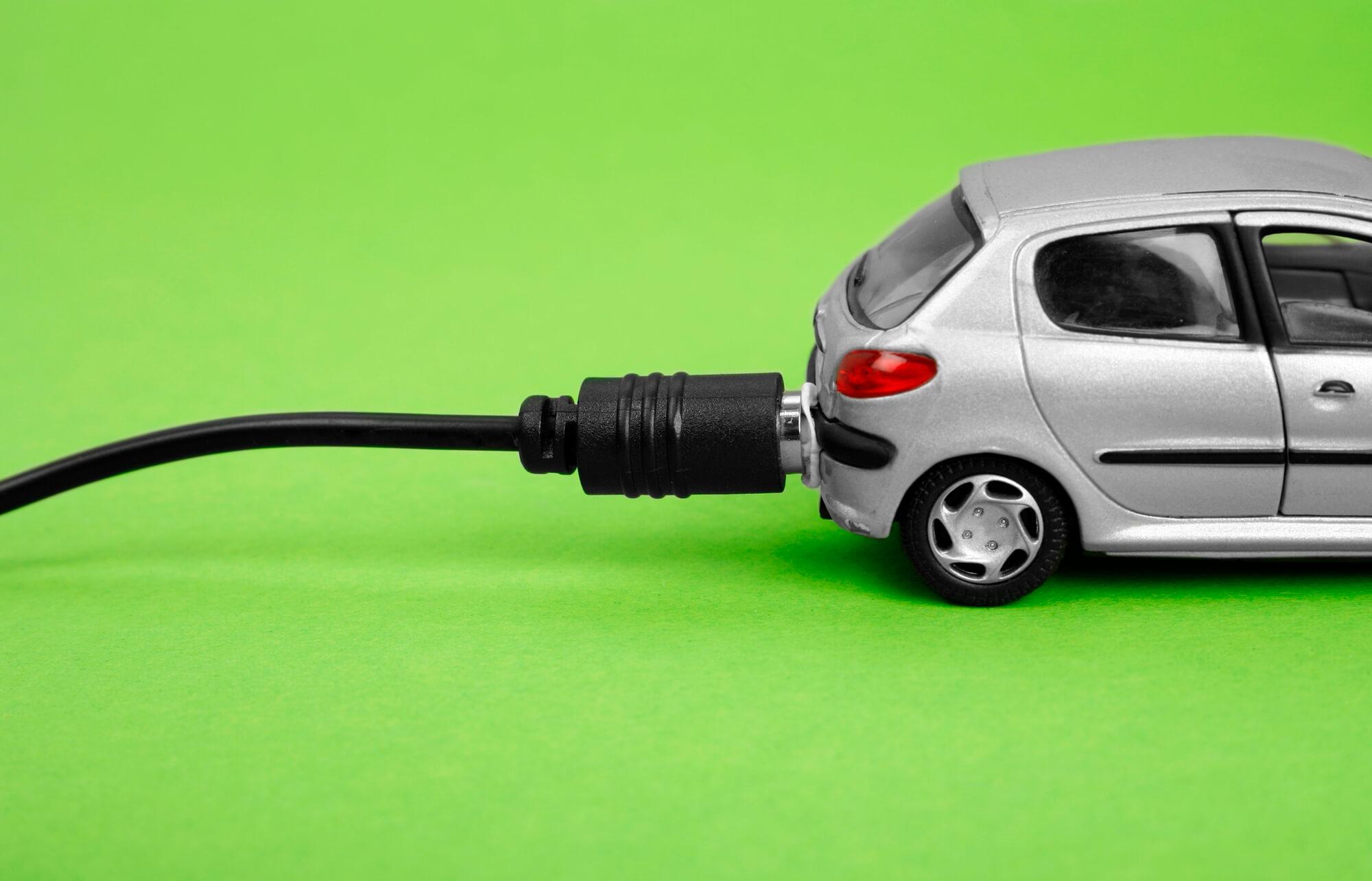 У Франції перейдуть на екологічні авто до 2040 року