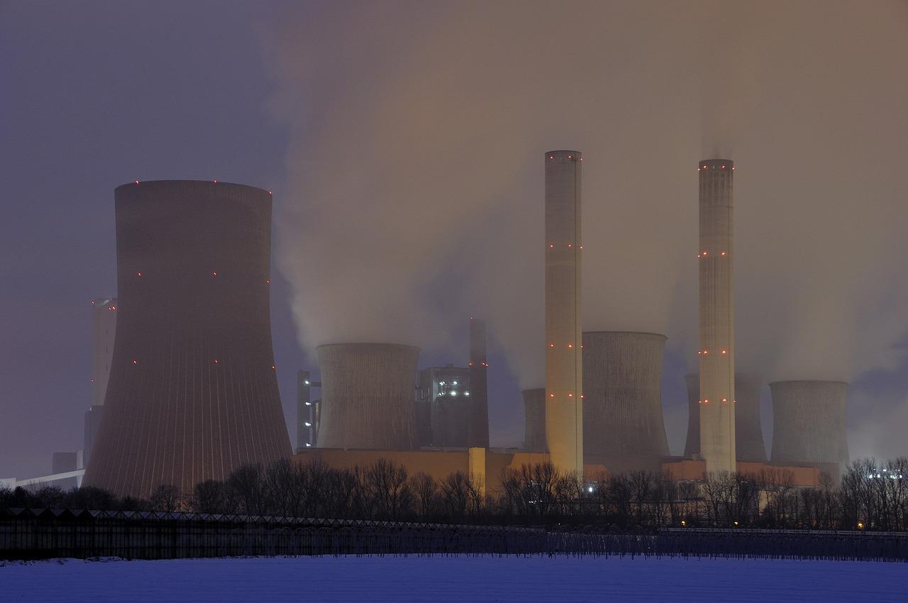 Стало відомо, скільки електроенергії виробляють українські АЕС