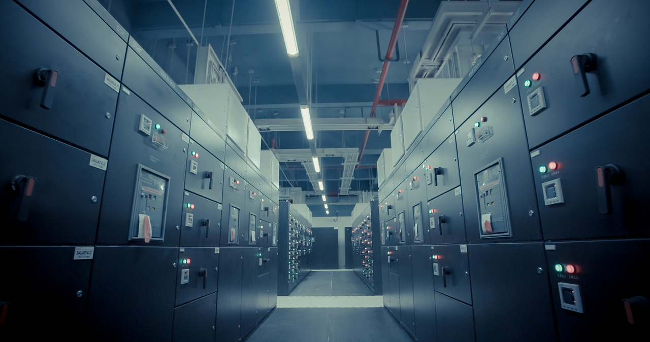 Apple investuje $925 mln v data-centry v Daniї