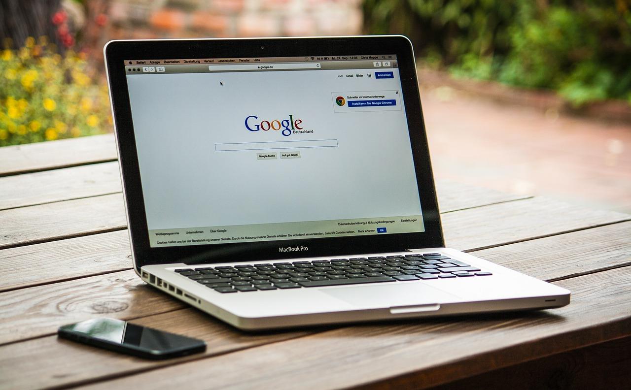 Google rozšyryv možlyvosti pošuku i dodav knopku
