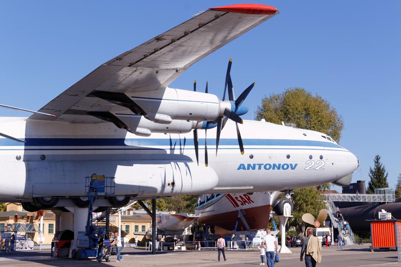 «Антонов» пропонує використовувати аеродром вГостомелі