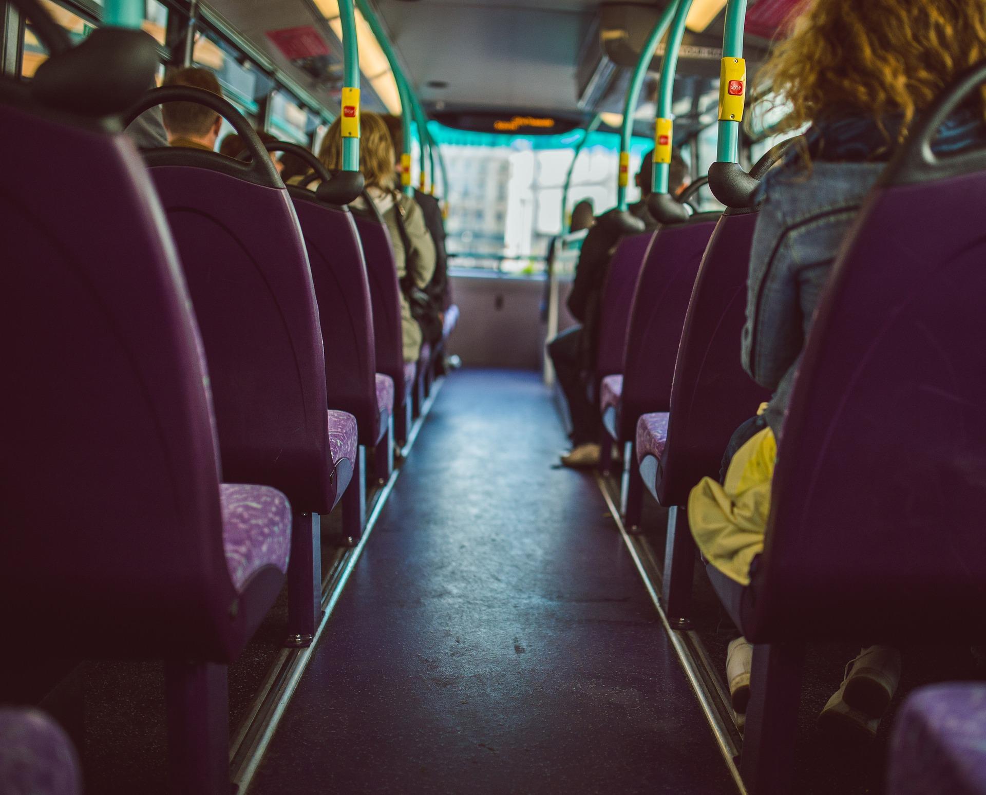 Kytajci testujuť bezpilotnyj elektryčnyj avtobus