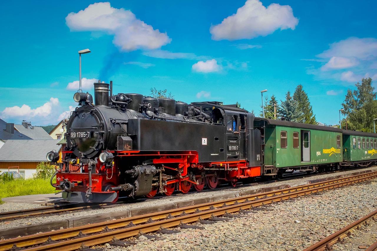 На Закарпатті запустили ретро-потяг, що ходитиме до кінця серпня