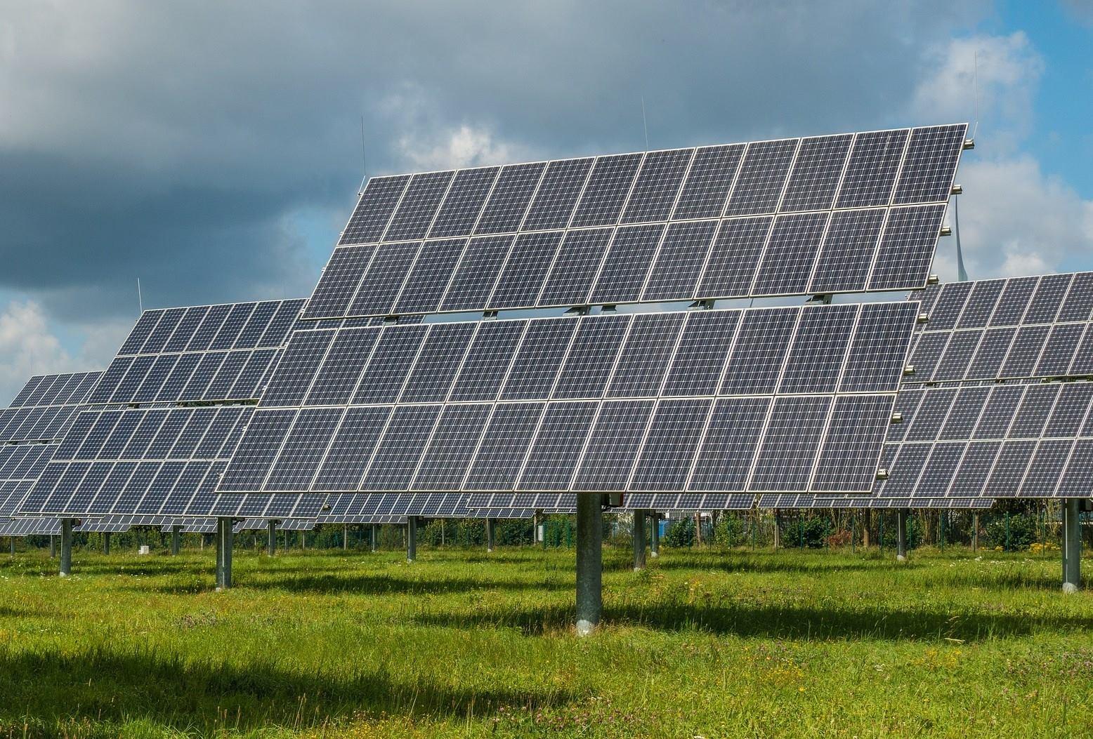 Канадська компанія побудує 5 сонячних електростанцій в Україні