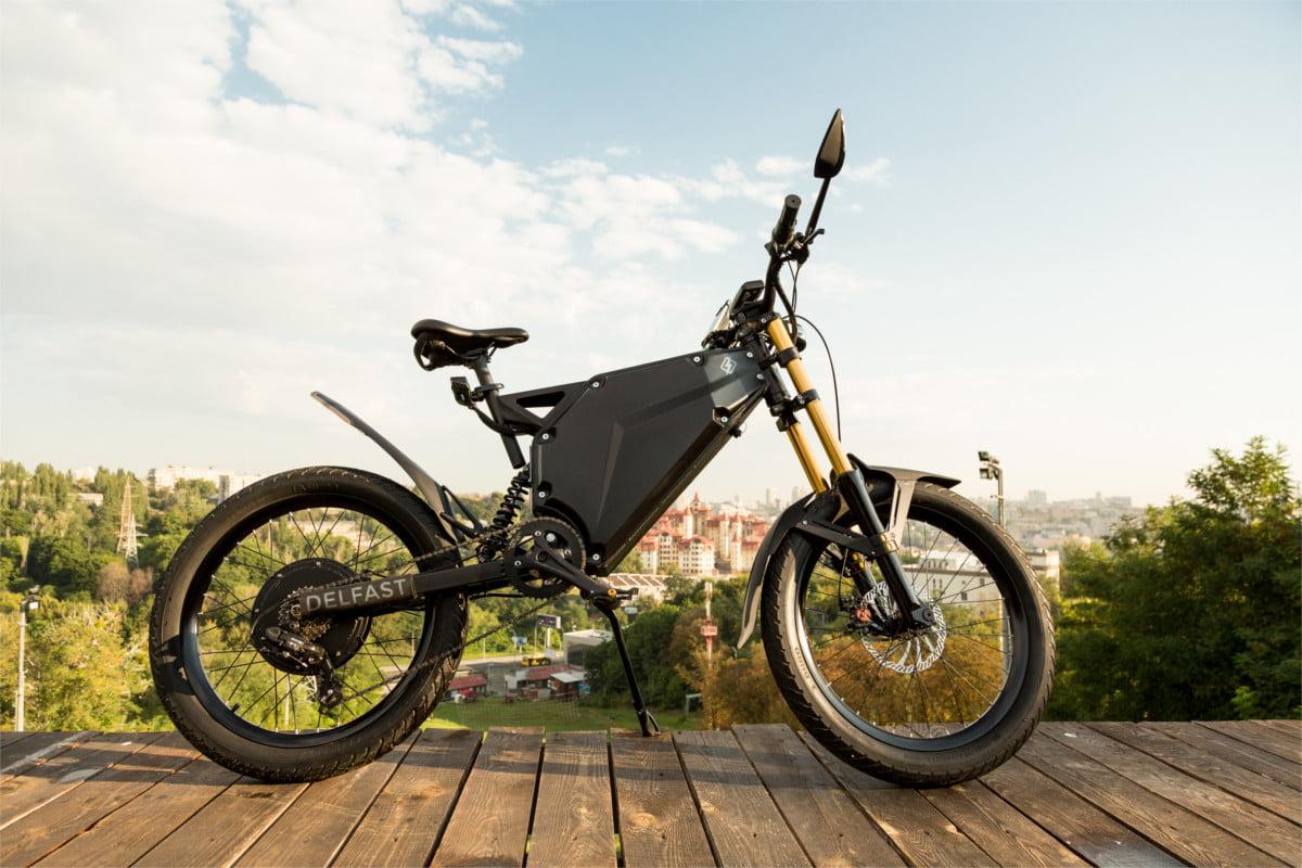 Українські розробники представили гібрид мотоцикла і велосипеда