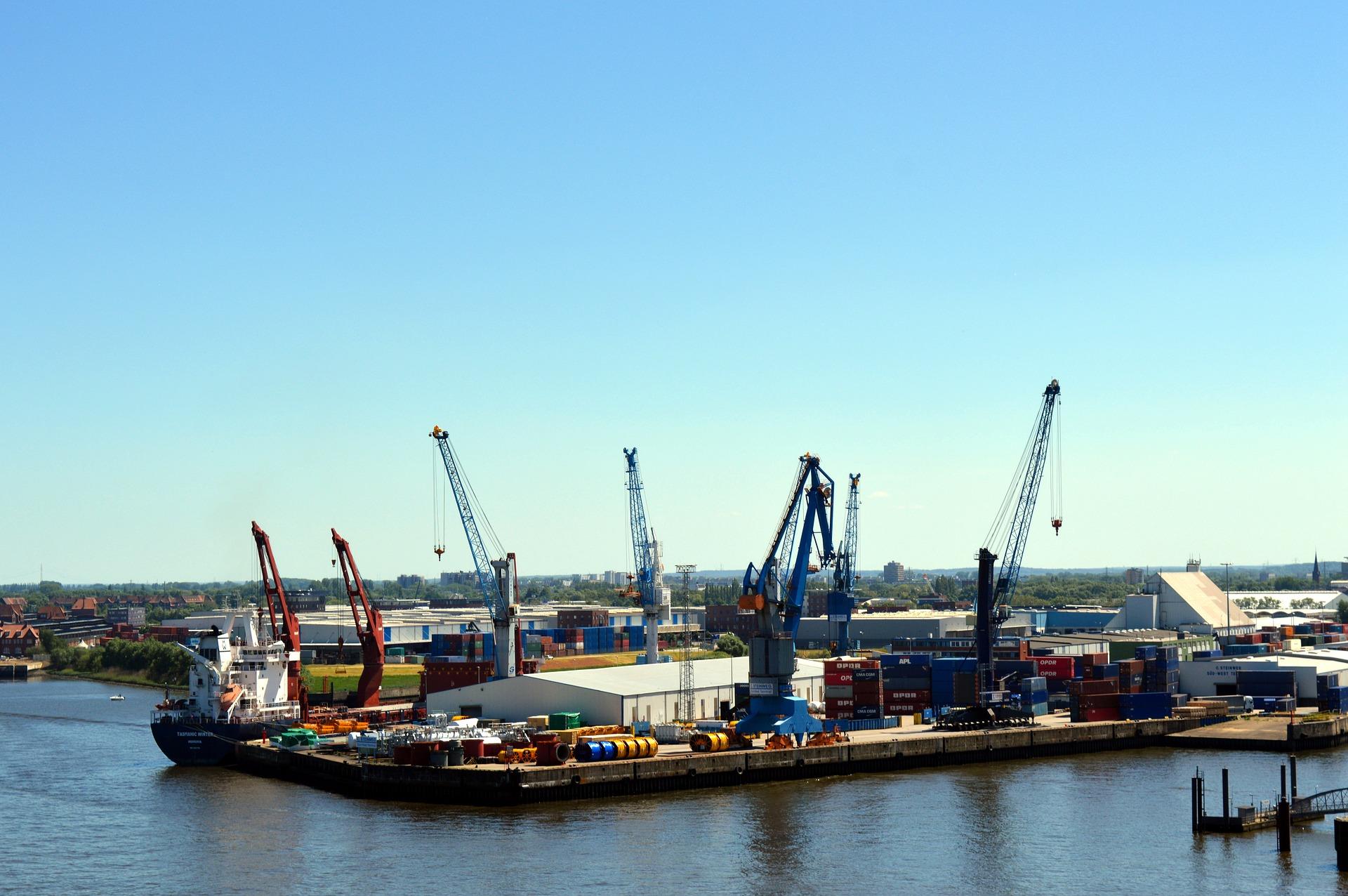 Порт у Херсоні шукає інвестора для розвитку