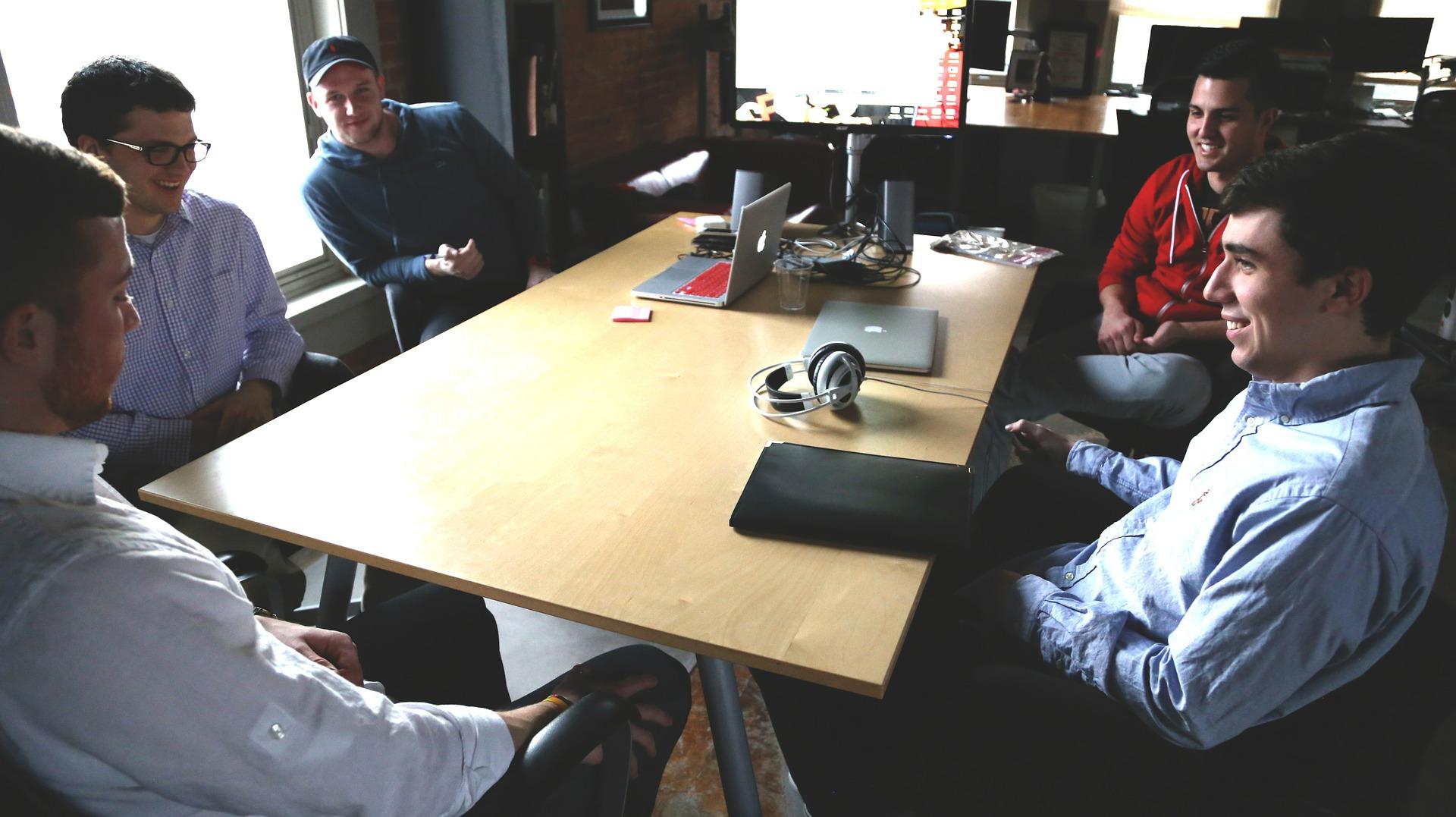 Ukraїnśki startapy zaprošujuť u programu Fintech Master