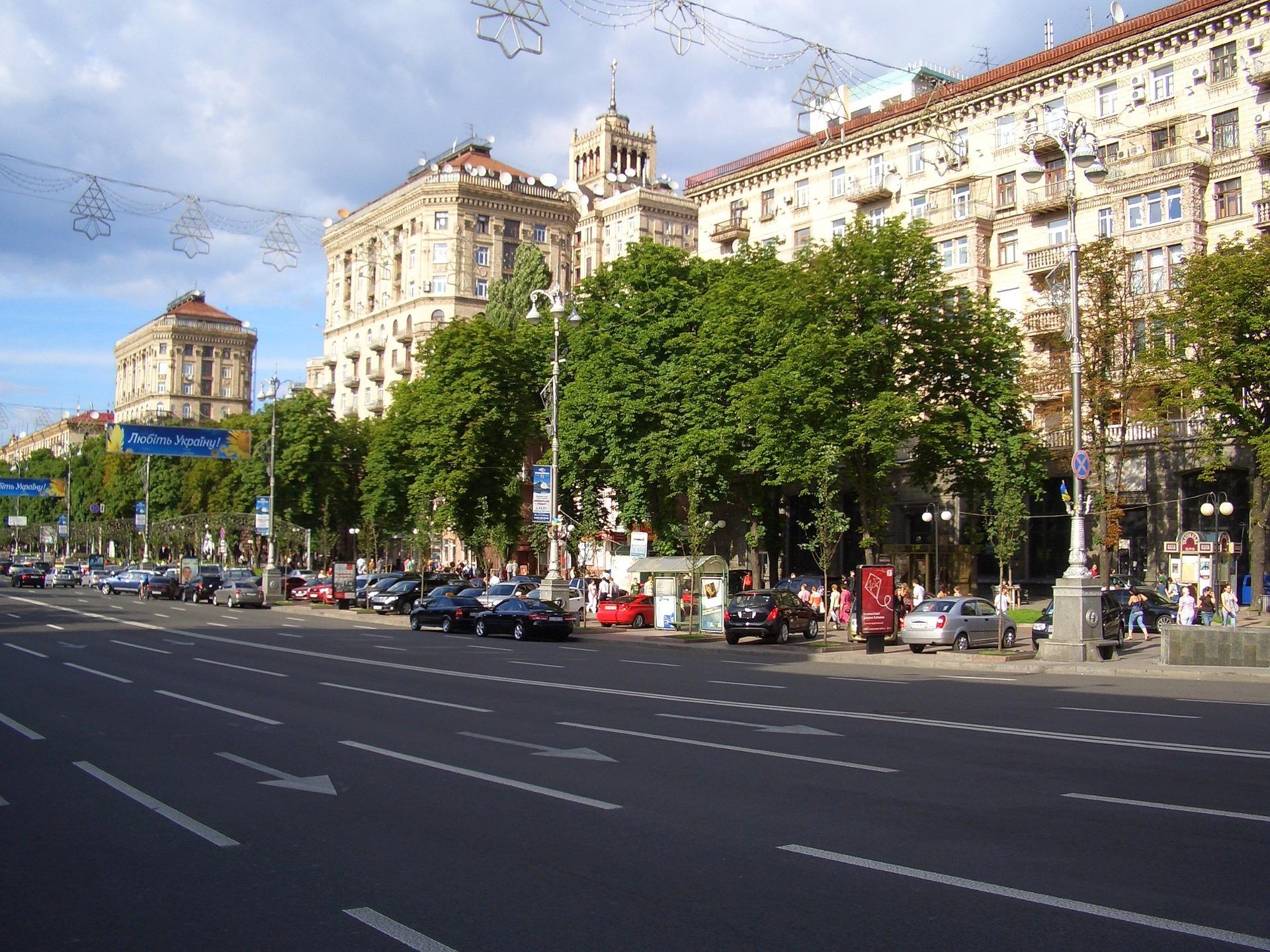 Кияни пропонують урегулювати потік автомобілів у місті