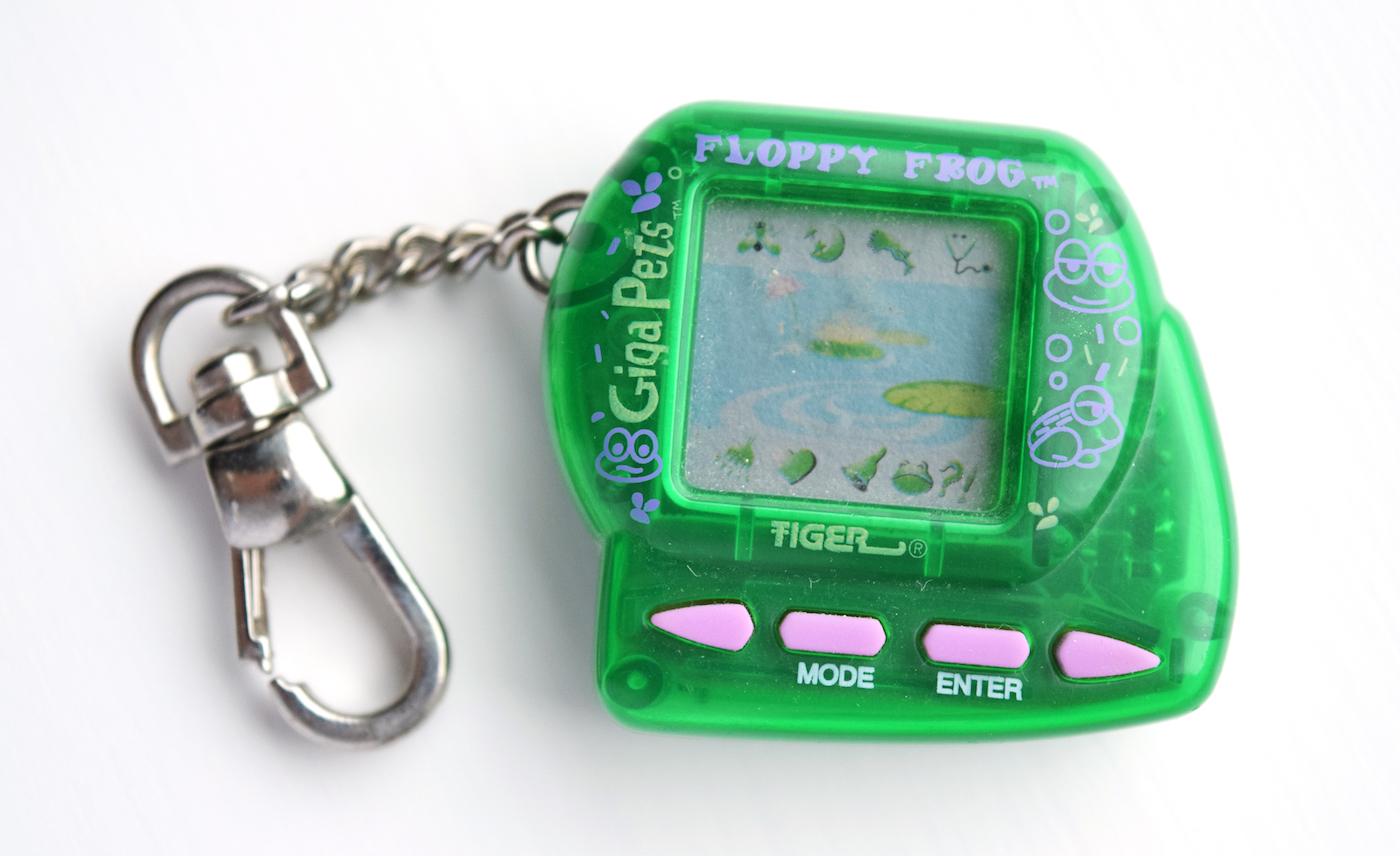 Tamagochi повертається — до 20-річчя культової іграшки її перевипустили
