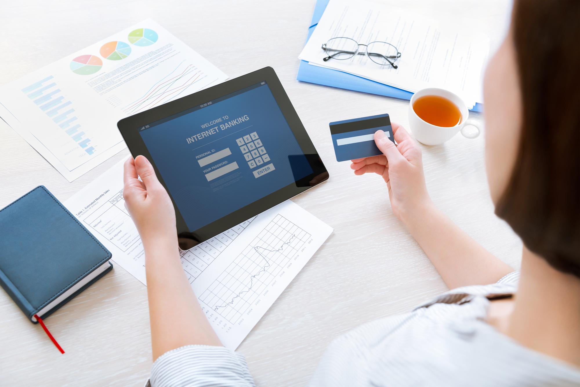 Adobe надасть банкам свою платформу штучного інтелекту