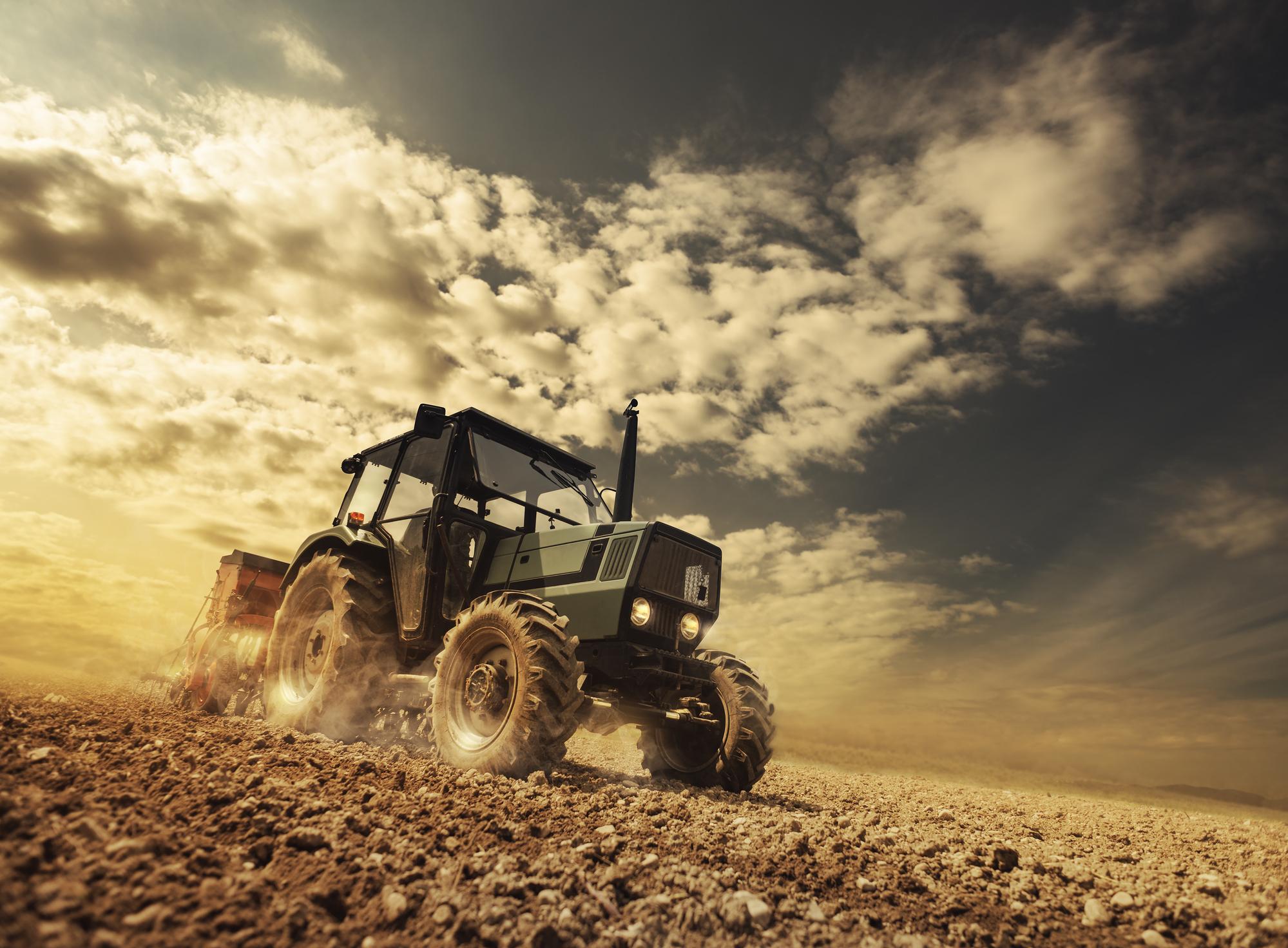 На заводі ЗАЗ стартує складання корейських тракторів