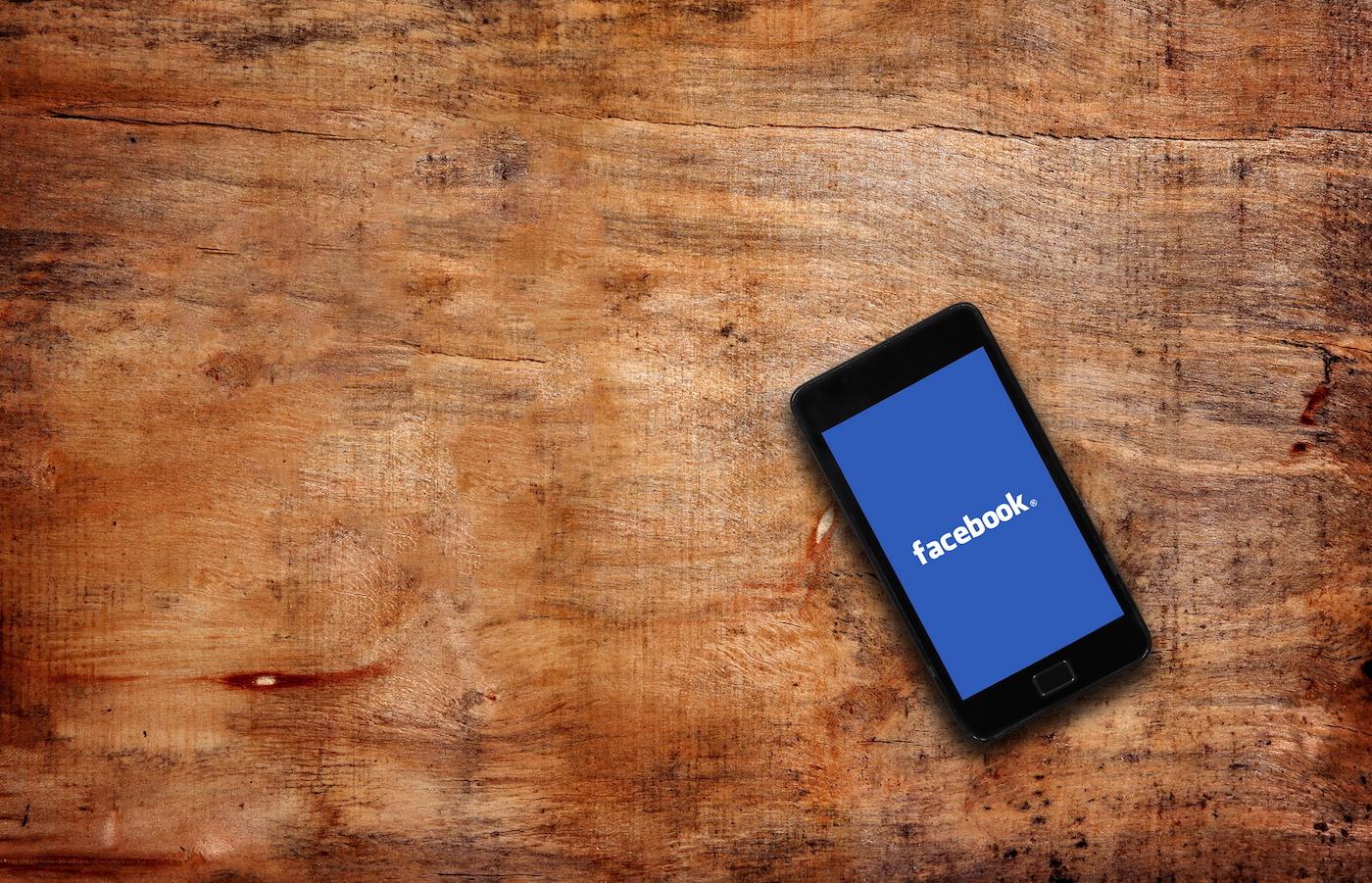Facebook почав тестувати платний доступ до публікацій Instant Articles