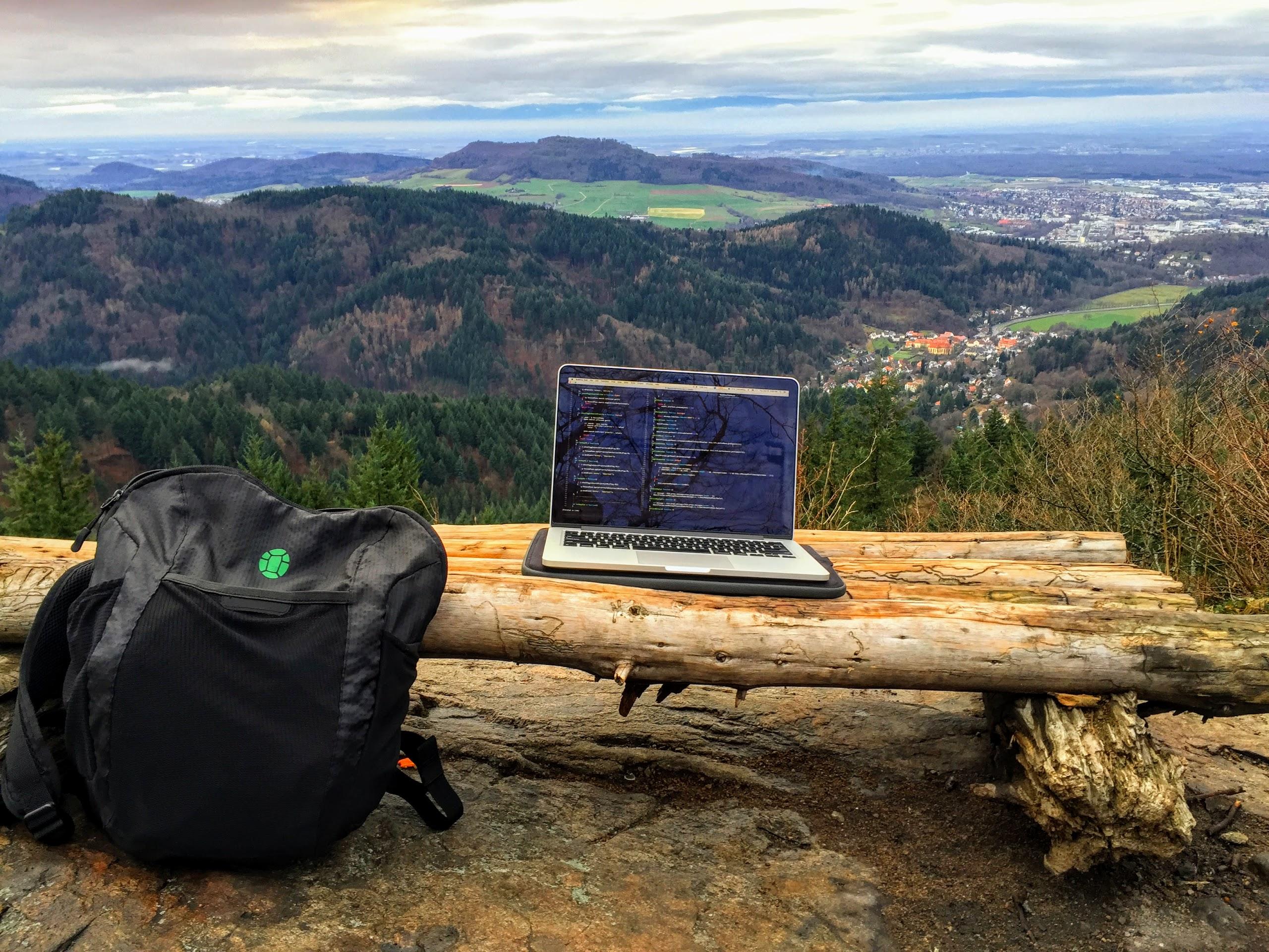 Cyfrovi «kočivnyky» ta Hacker Paradise — čomu podvir'ja kafe krašče za ofis Microsoft