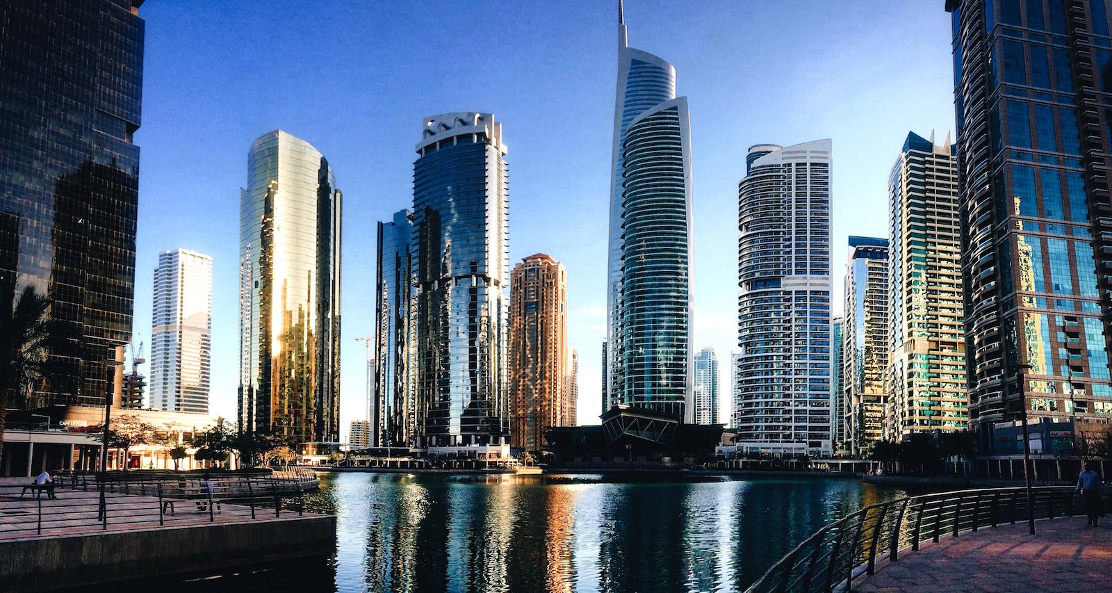 Žytlovyj kompleks Jumeirah Lakes Towers