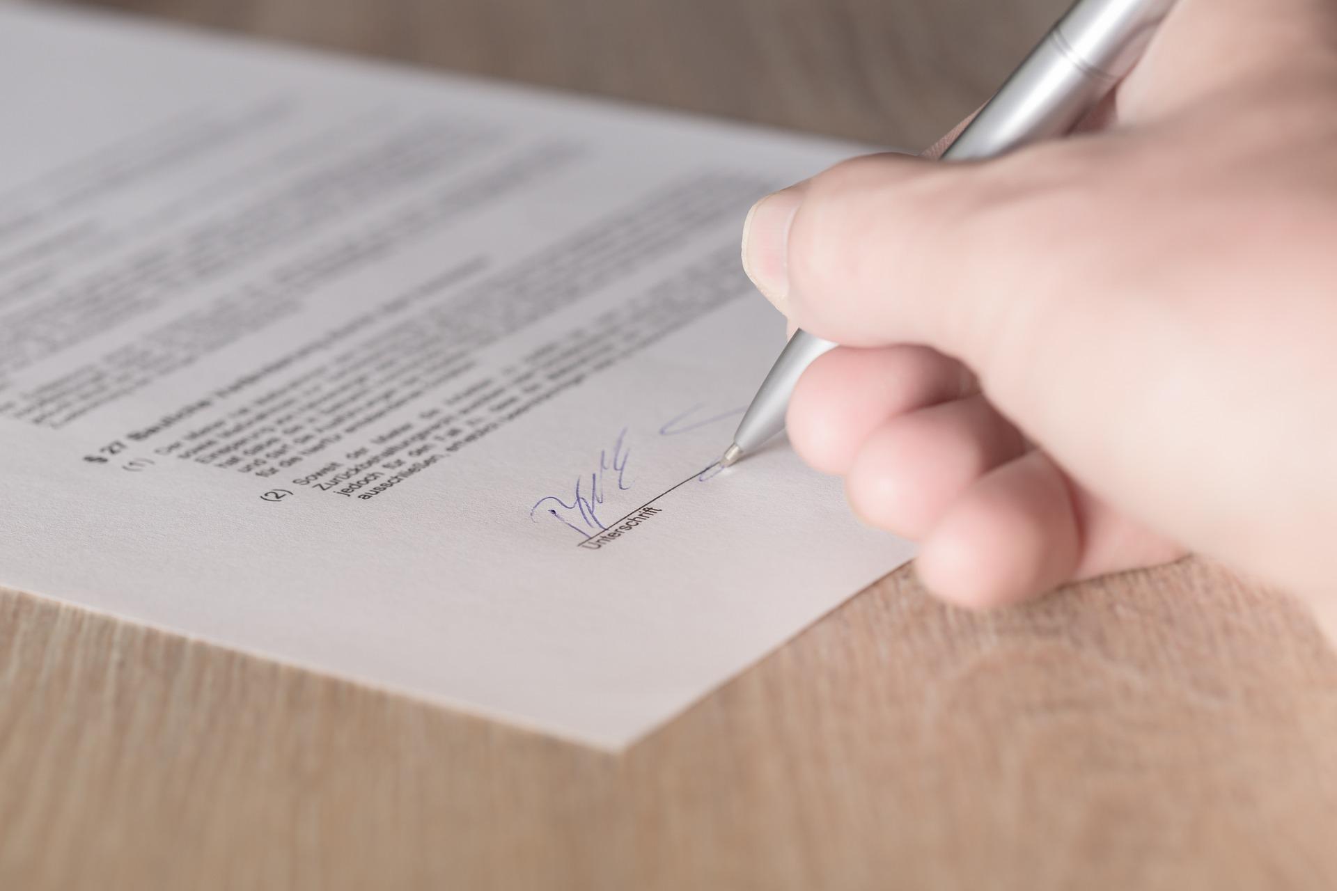 Уряд затвердив закон про вільний обіг електронних довірчих послуг