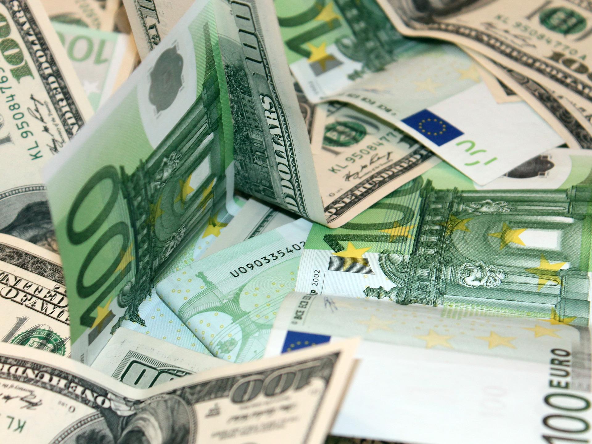 НБУ продовжує дерегуляцію валютного ринку