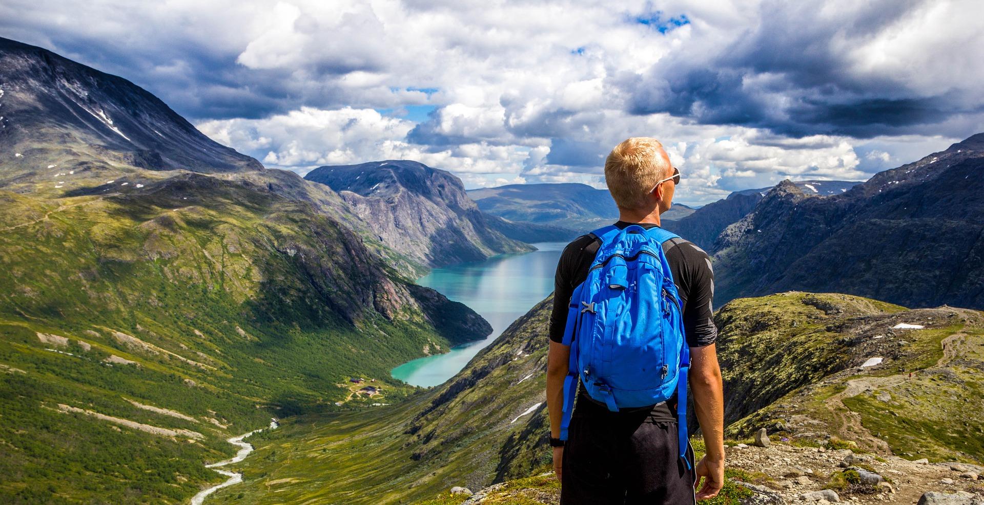 ПриватБанк презентував міжнародний мобільний додаток для туристів