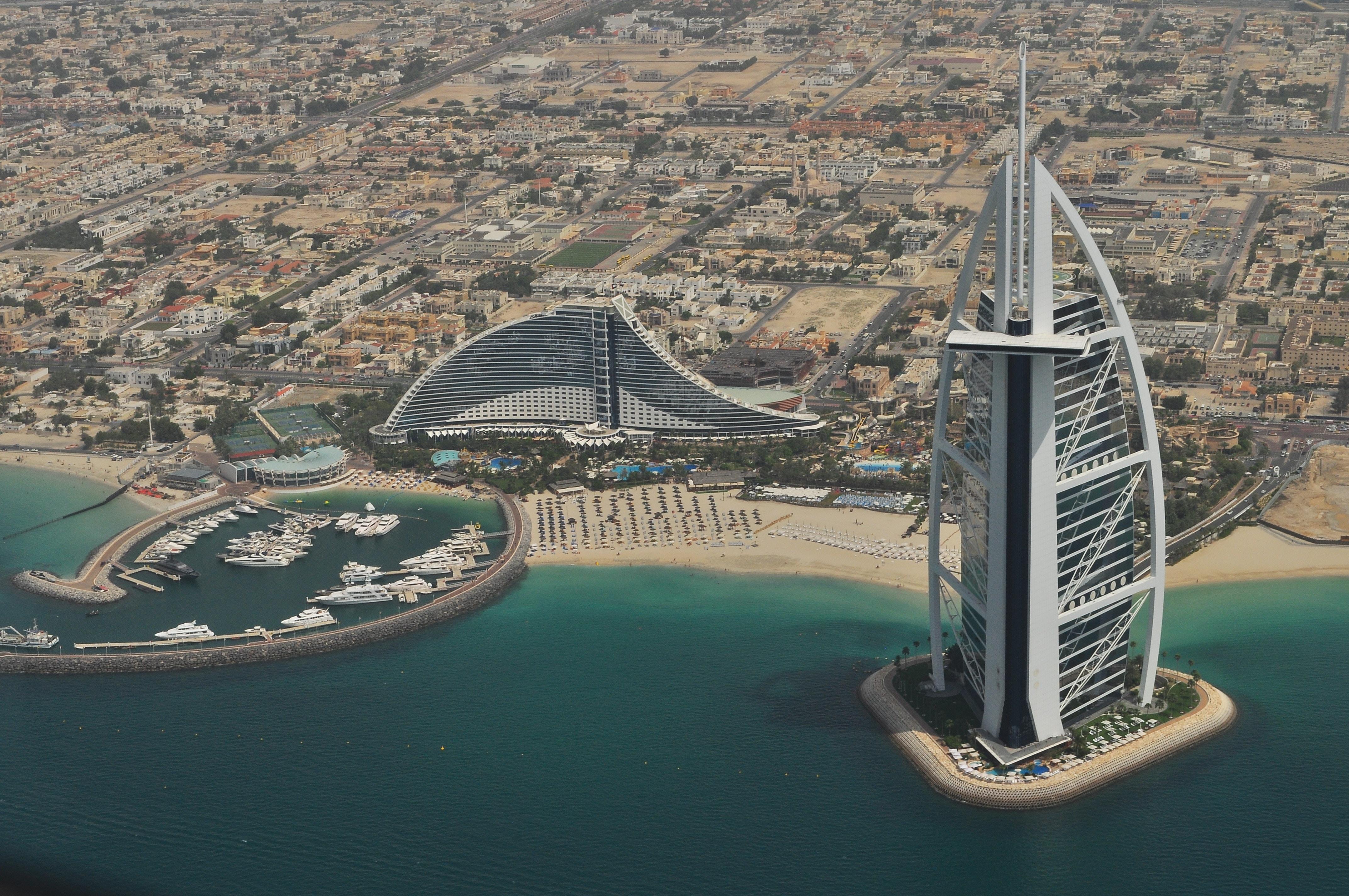 V Dubaї vperše u sviti tryvalisť kontrolju na kordoni tryvatyme 15 sek