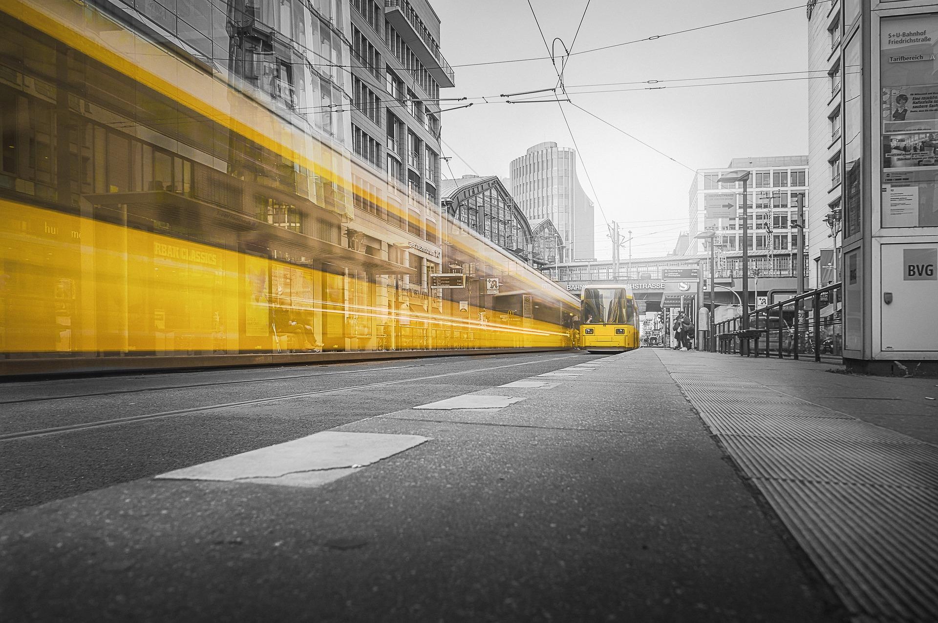 Польська Pesa почала поставки 40 трамваїв до Києва