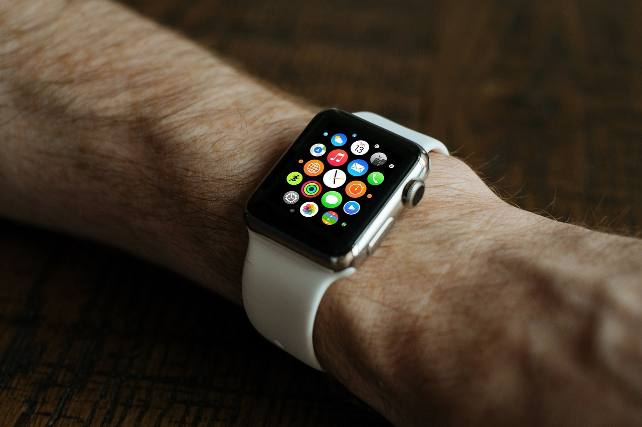 Apple Watch dopomagatyme gipertonikam