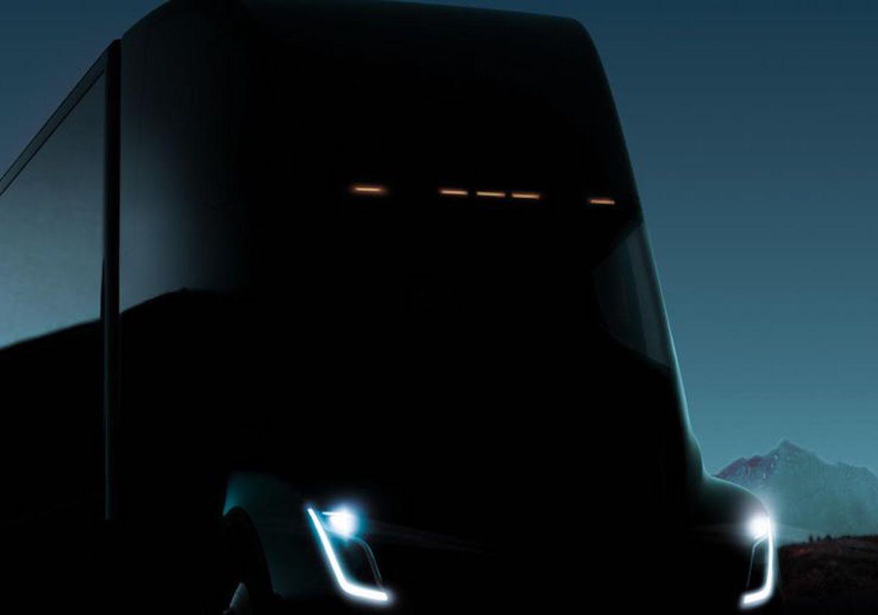 За 10 днів Tesla покаже свою електровантажівку
