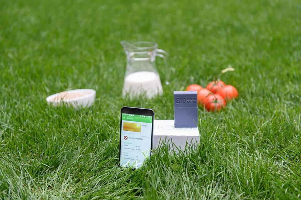 Українці розробили пристрій, який вимірює кількість токсинів у продуктах