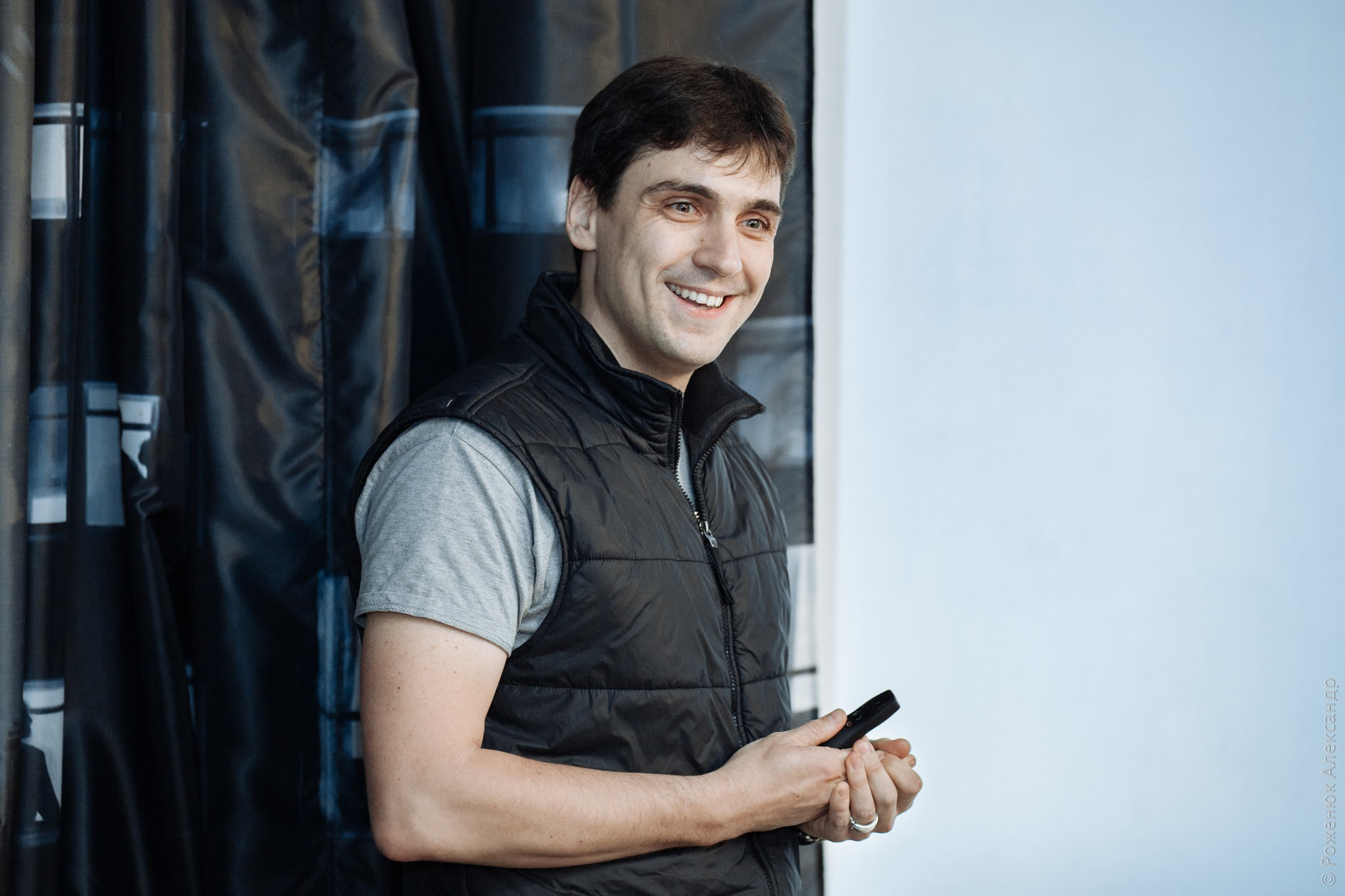 Дмитро Шандиба під час проведення тематичної події у «Часописі», 2017 рік