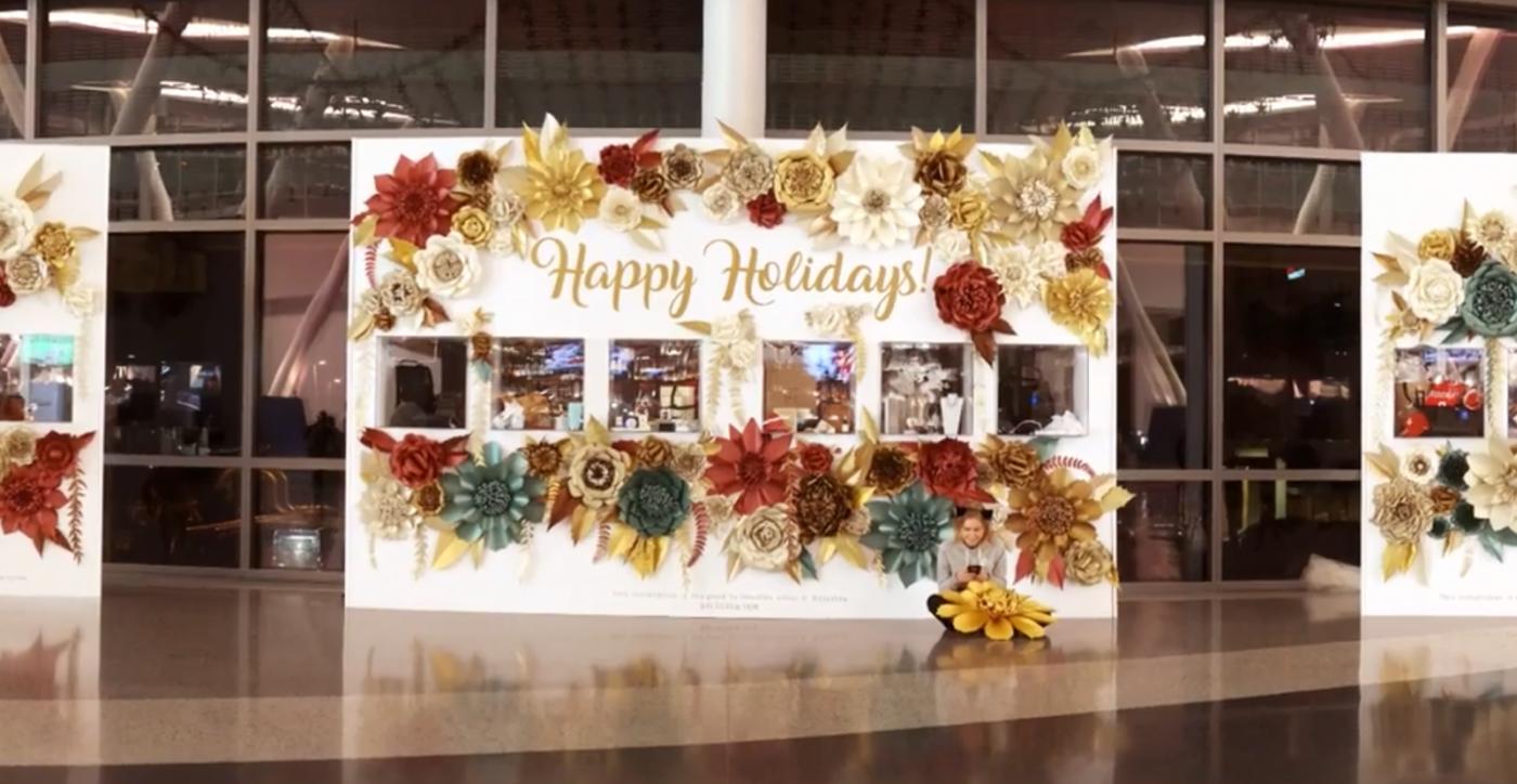 1 тис квітів від українки прикрасила один із чільних аеропортів США