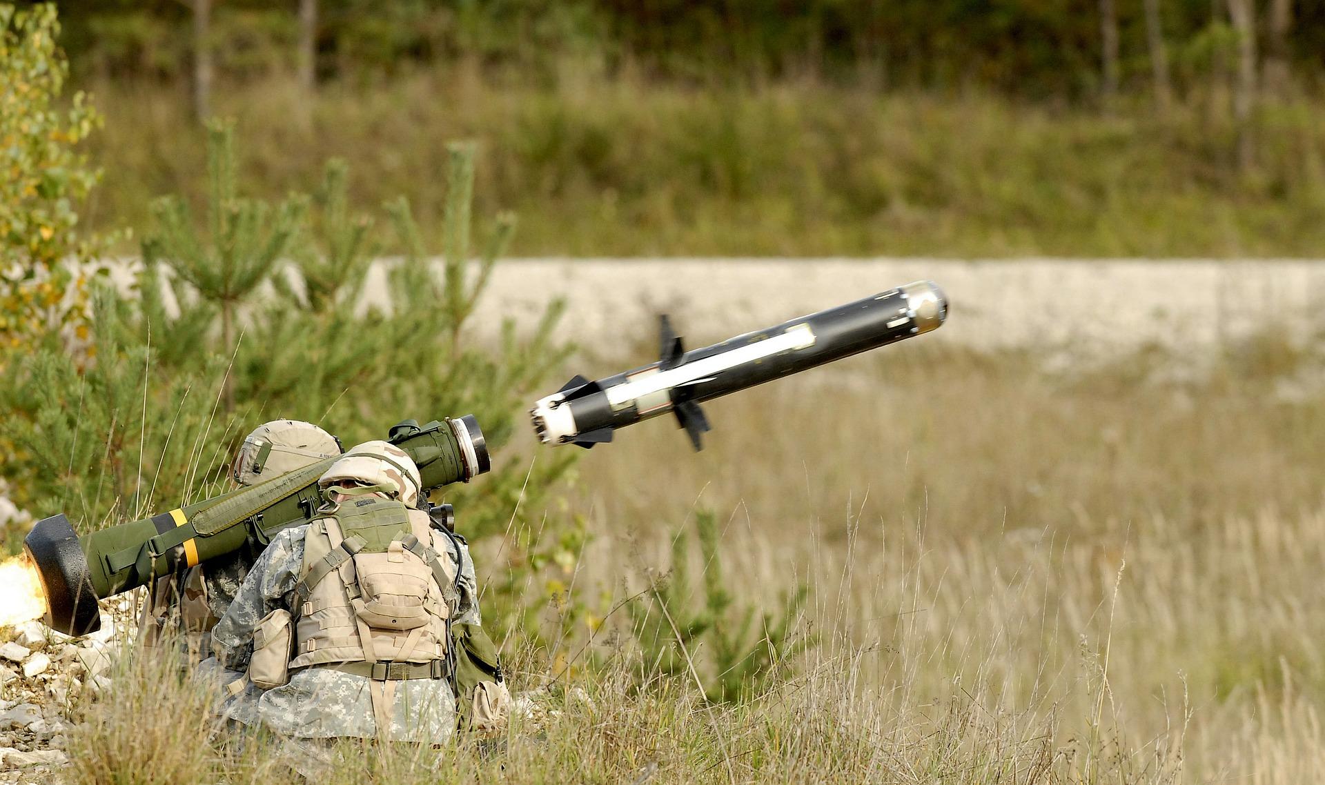 США ухвалили дозвіл на постачання протитанкового озброєння до України