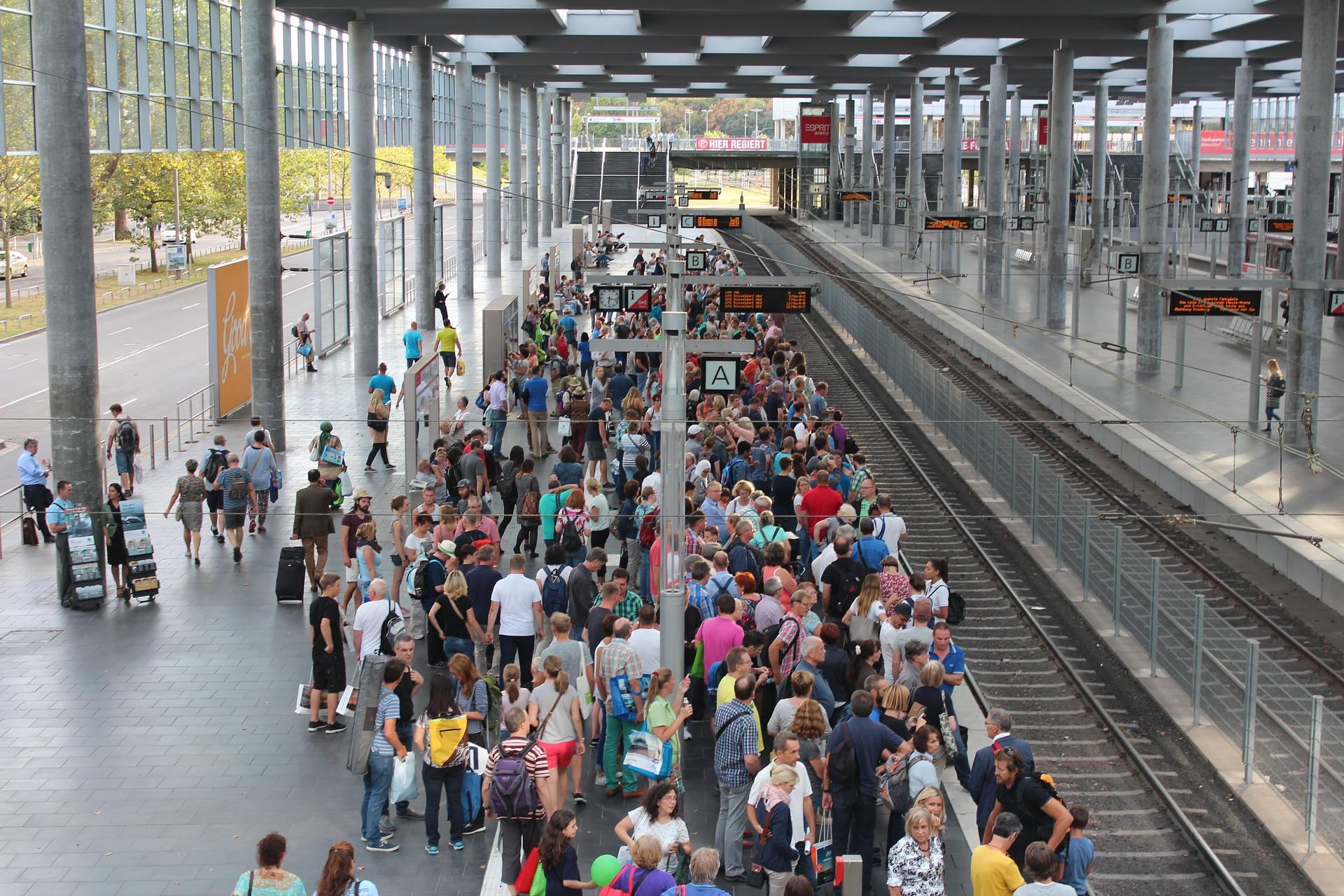 Оприлюднено кількість залізничних квитків, які в Україні придбали онлайн