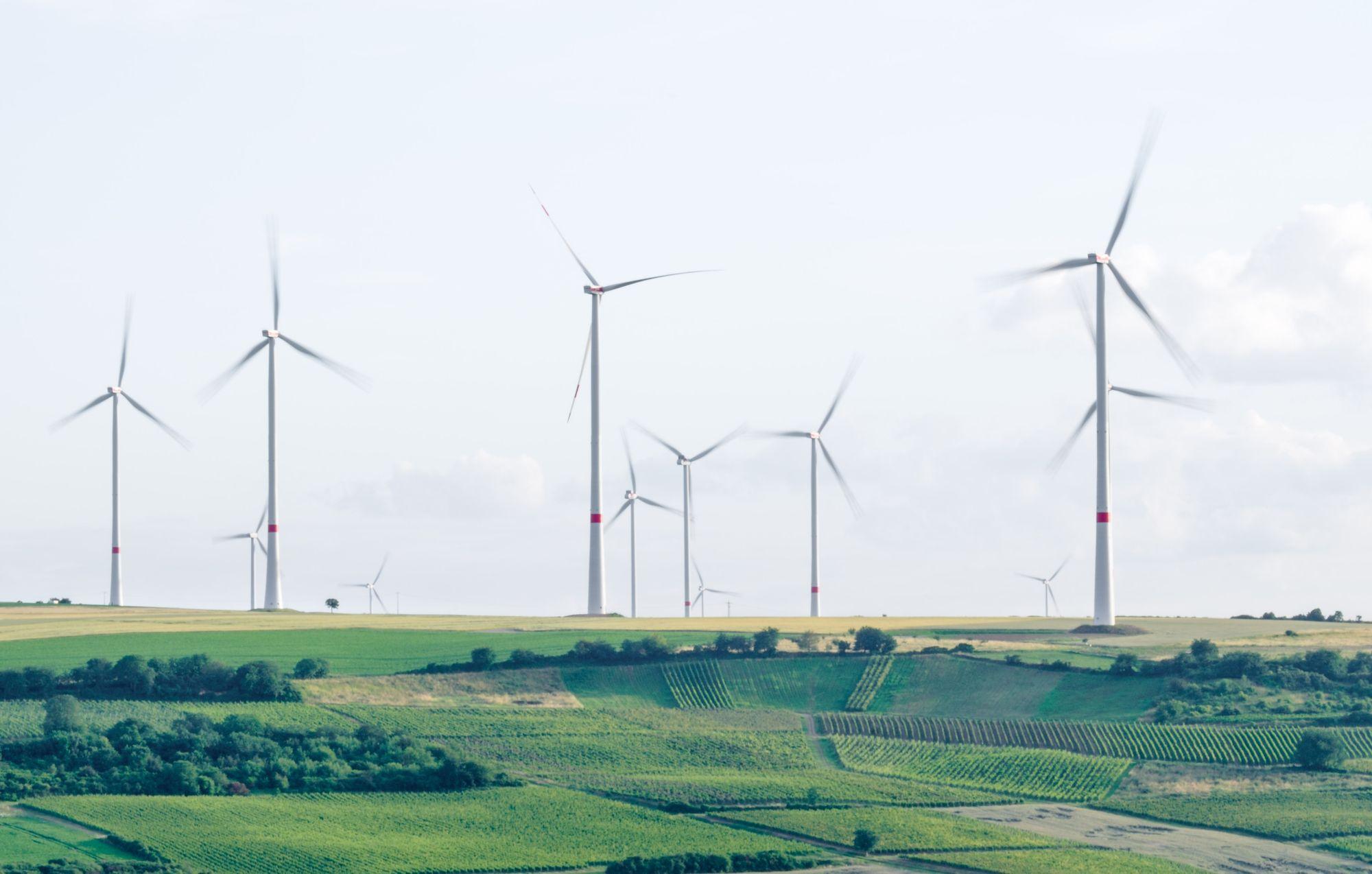 Хто найбільше допоміг із «зеленою» енергетикою — показники 2017-го