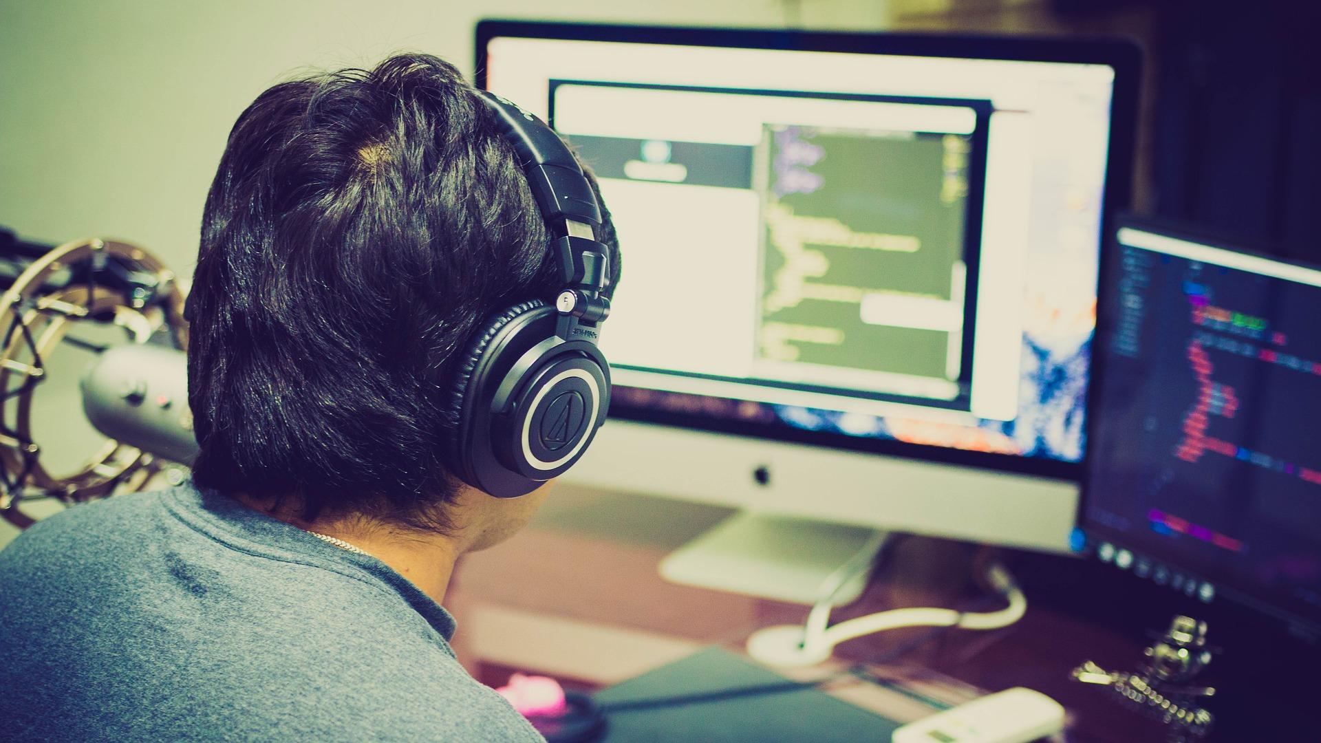 Apple навчить програмуванню європейських студентів