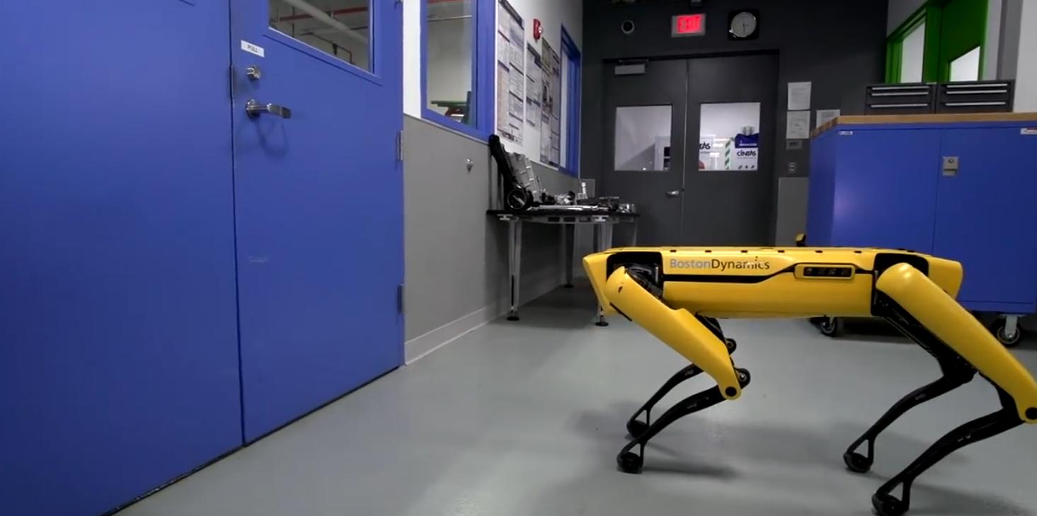 Video dnja: Roboty Boston Dynamics navčylysja vidkryvaty dveri