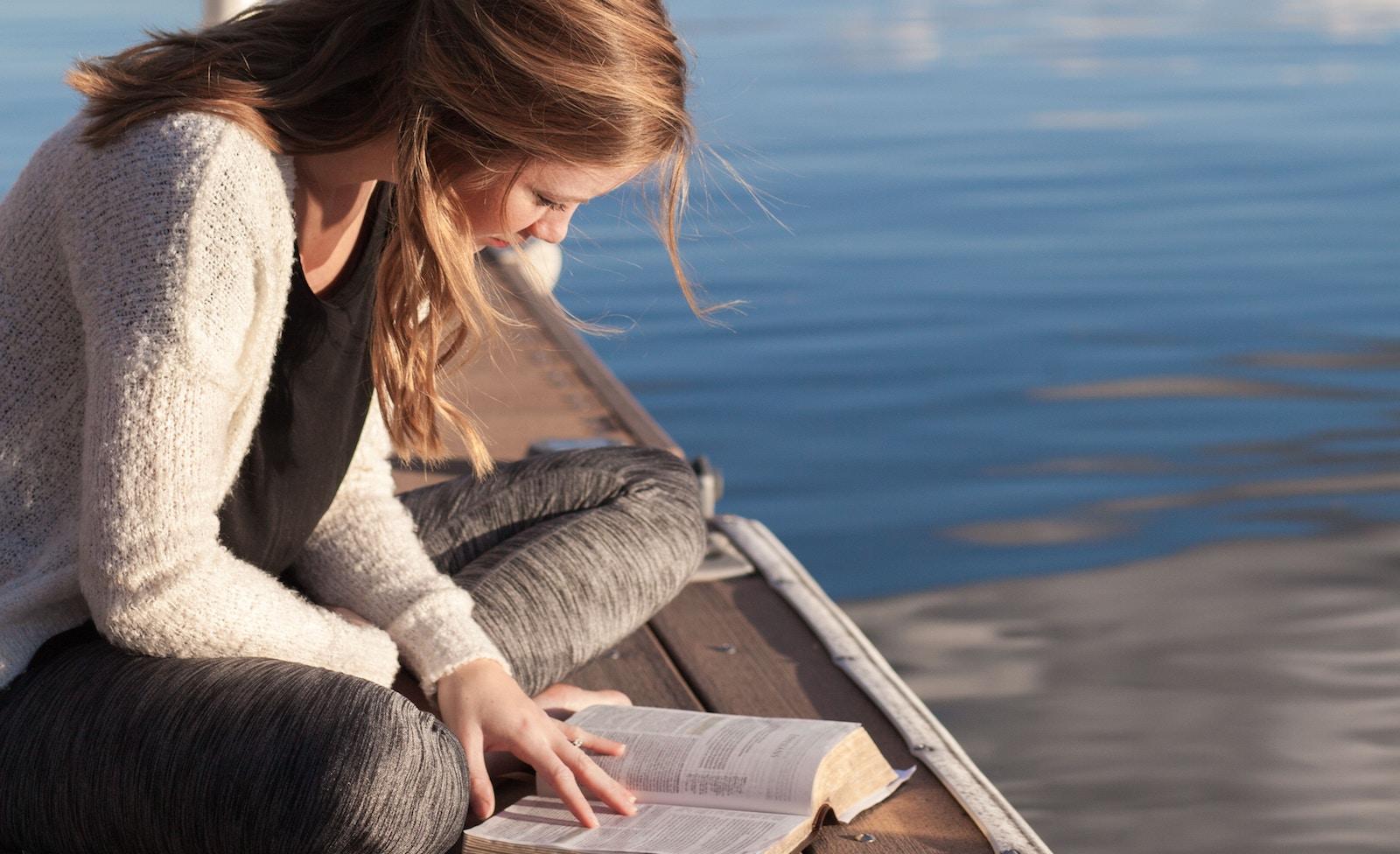 Українські школярі вивчатимуть літературу по-новому — від Ніла Ґеймана до Стівена Кінґа