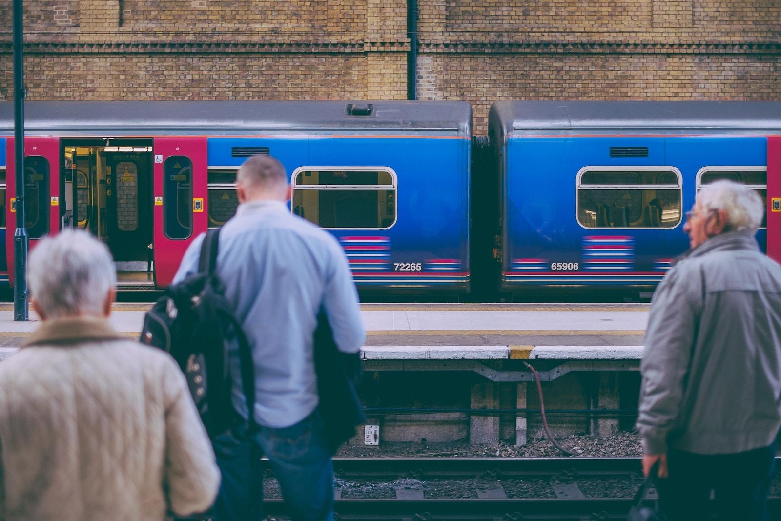 «Сяду у потяг, хай собі їде» — 7 безвізових країн ЄС для подорожей залізницею