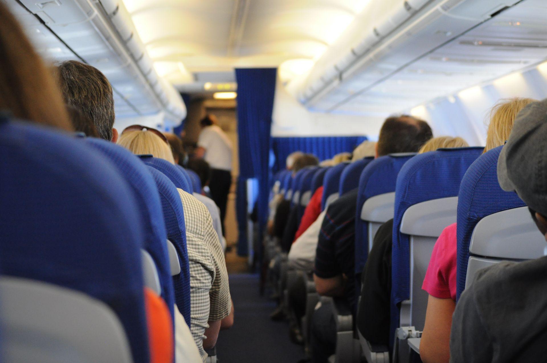 🛩 В Україні створили сервіс для моніторингу скасування обмежень на авіаперельоти у світі — TravelBans