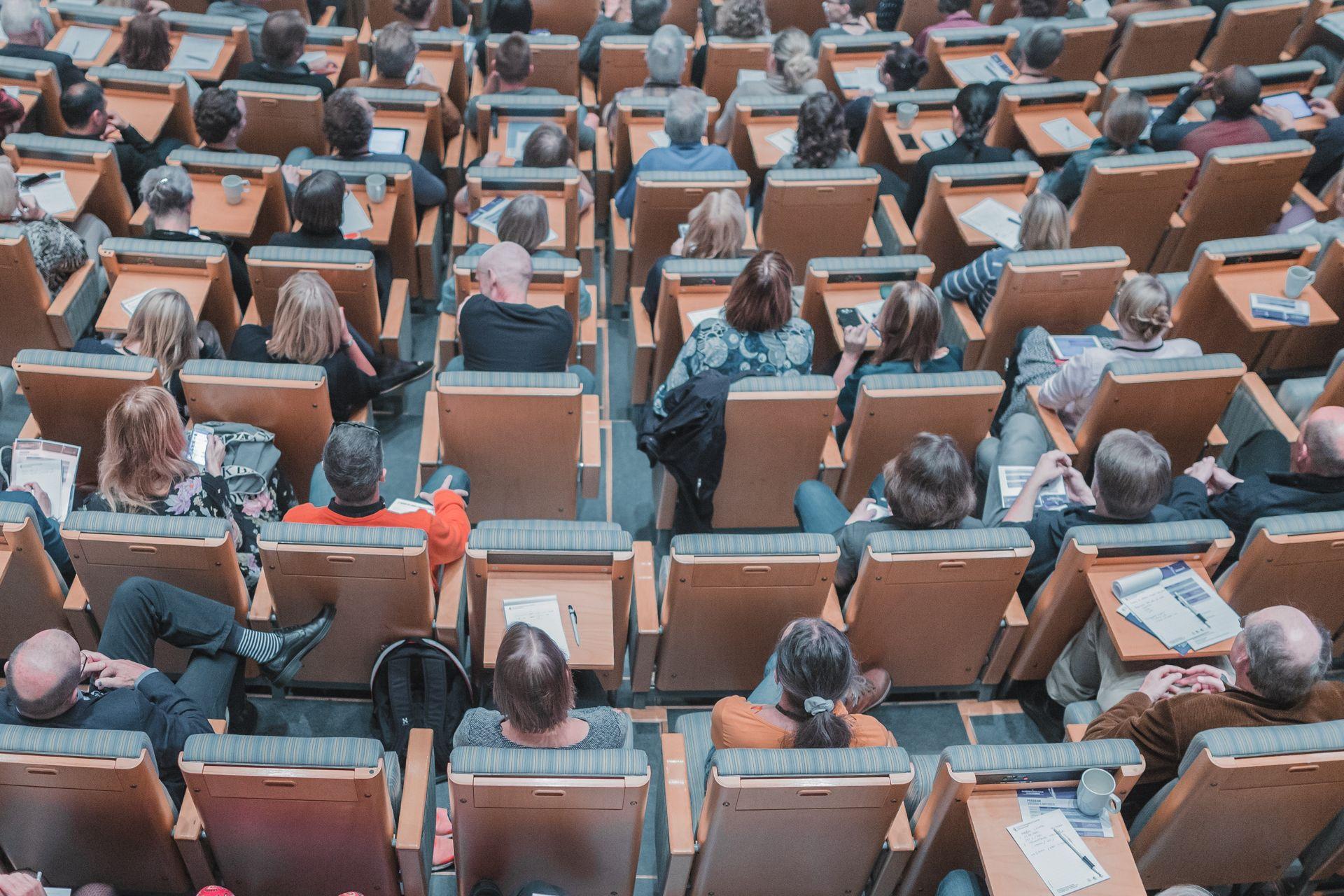 Data-аналітиків запрошують на змагання у Київ