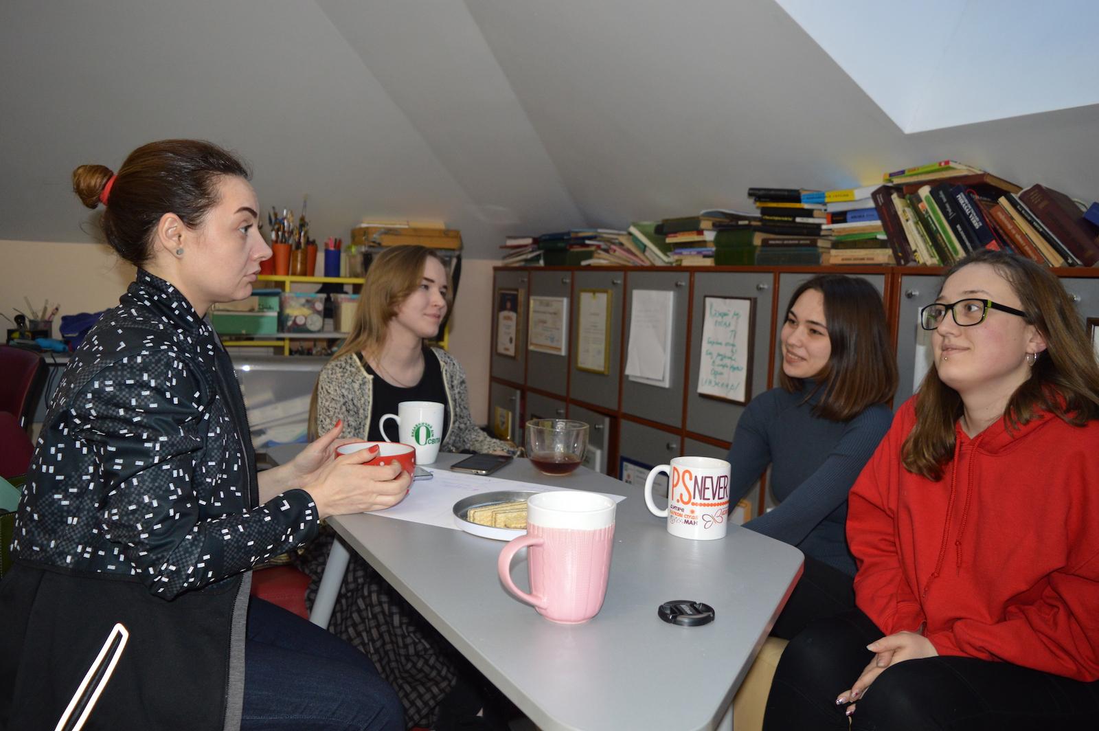 Леся Кондратюк, «Центр репетиторів» — про відповідальне волонтерство і культуру співчуття