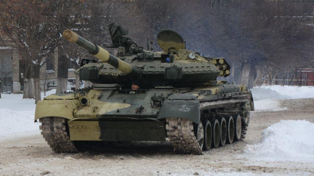 Танки Т-84 отримають цифрові захищені радіостанції