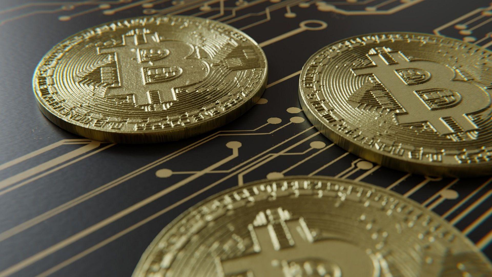 «Велика двадцятка» розробляє рекомендації щодо криптовалют