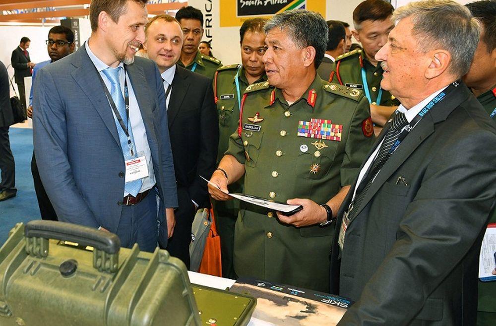 «Укроборонпром» поїхав на виставку озброєння в Азію